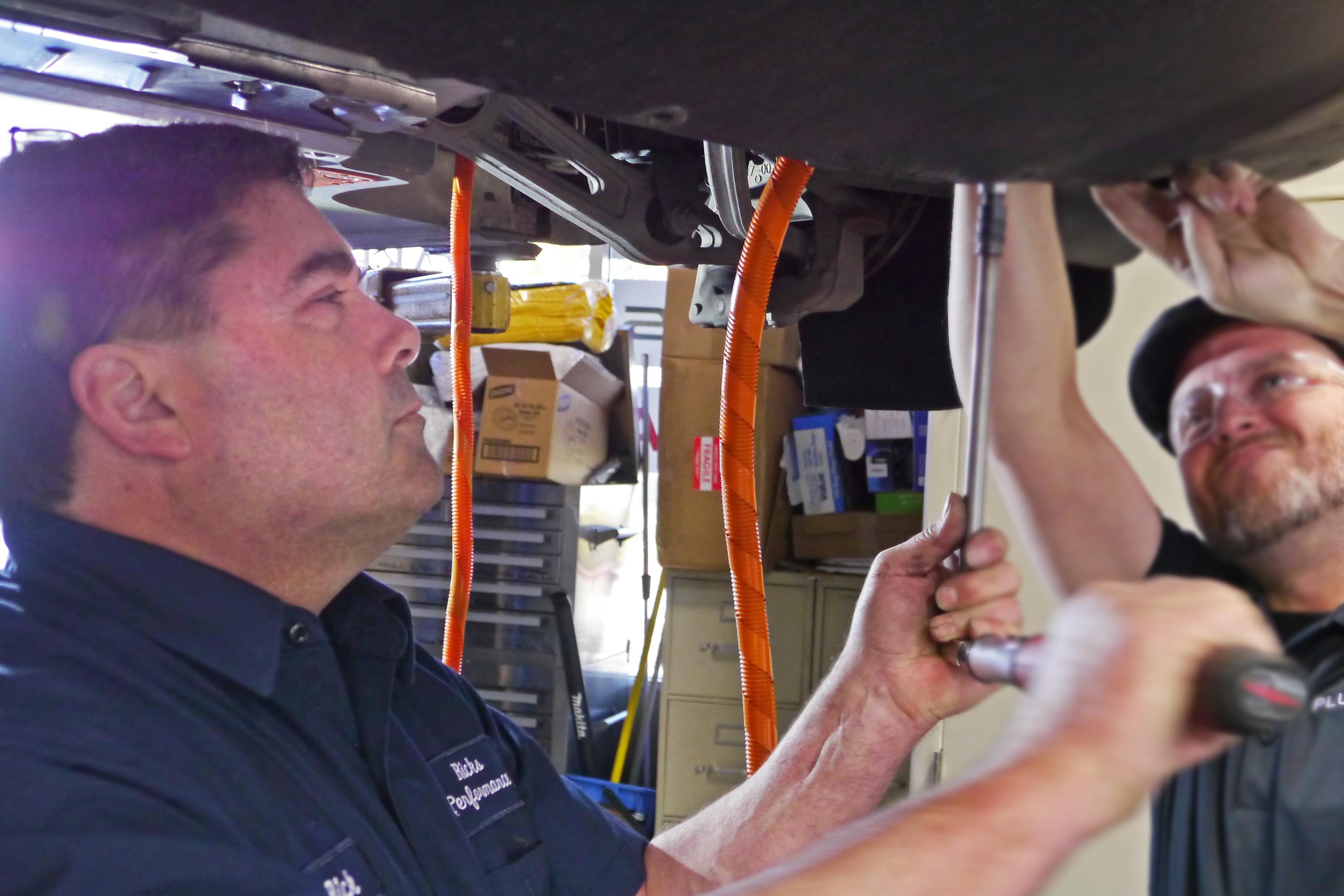 Tesla Owners Share Weird Ways of Unfreezing Charge Ports | Plugless