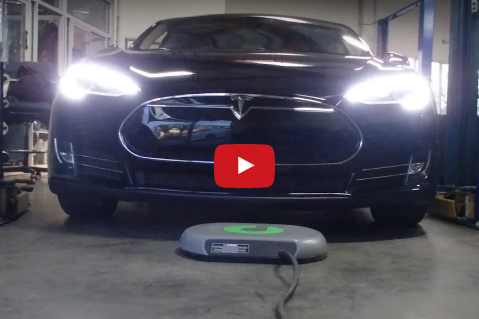 Video thumbnail of Tesla Model S charging wirelessly with Plugless parking pad